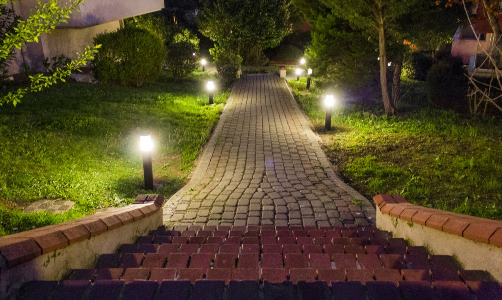 Top 3 Ideas To Design The Walkway Of Your House